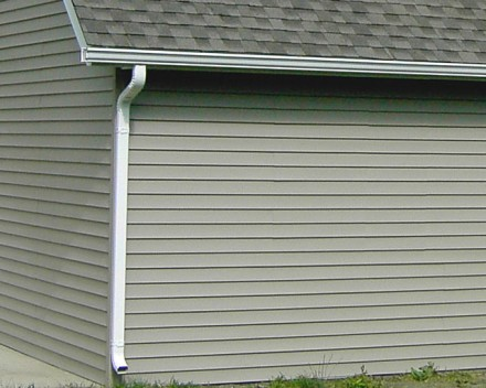 Garage Feature Gutters